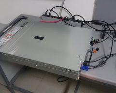 Сервер Dell в клиентской зоне в ЦОД